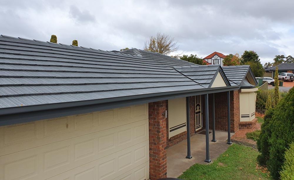 Tile Roof Painting – Restoration